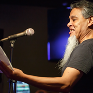 Viva Poesía: 'La Battle Royale' Fuses Spoken-word y Lucha Libre