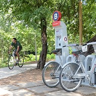 Bexar County Judge Nelson Wolff Pitches B-Cycle To VIA