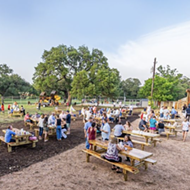 Boerne's Dog & Pony restaurant holding weekend fling with pet adoptions and outdoor market