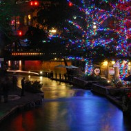 San Antonio River Walk holiday lights to be switched on early again this year