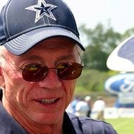 Jerry Jones Tells Cowboys They Will Not Play If They 'Disrespect the Flag'