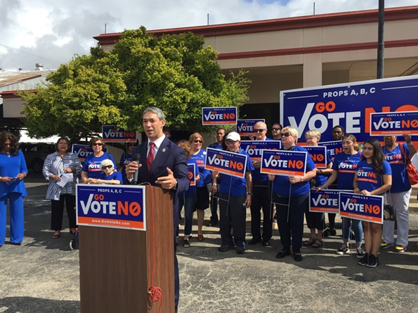 Mayor Ron Nirenberg speaks at the Go Vote No presser, surrounded by local Democrats. - SANFORD NOWLIN