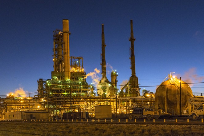 Valero's Port Arthur refinery - WIKIMEDIA COMMONS / LIBRARY OF CONGRESS