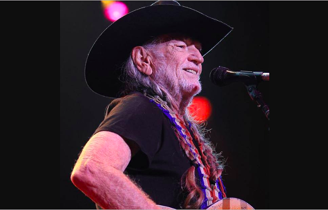 FACEOOK / WILLIE NELSON