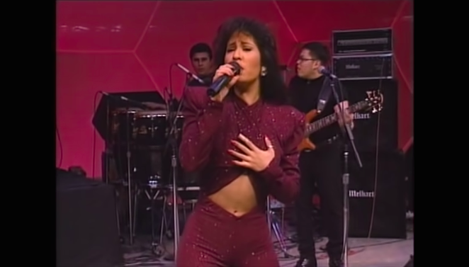 Amazon Now Streaming Selena's Astrodome Concert, Her Last ...