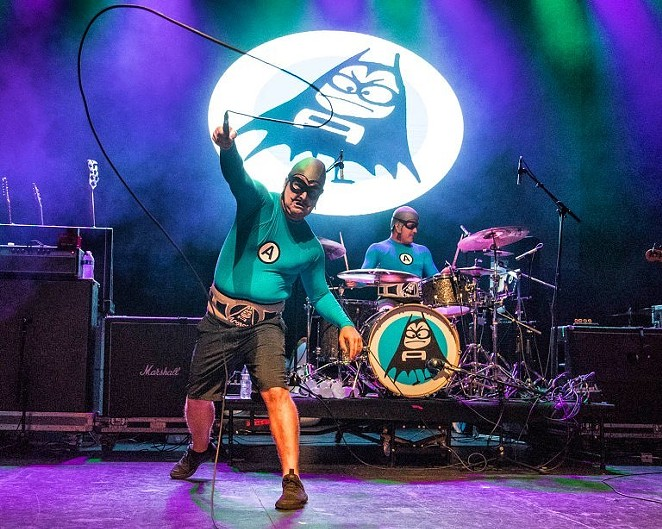 FACEBOOK / AQUABATS