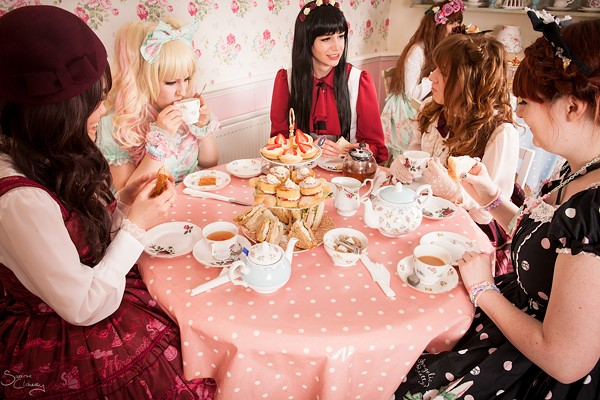 Lolita Tea Party in session - KAWAII-B BLOG