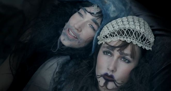 "CocoRosie in their video for ""Lemonade"" - YOUTUBE STILL"