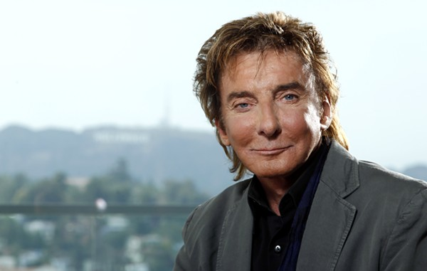 Rod Stewart? No, It's Barry Manilow - COURTESY