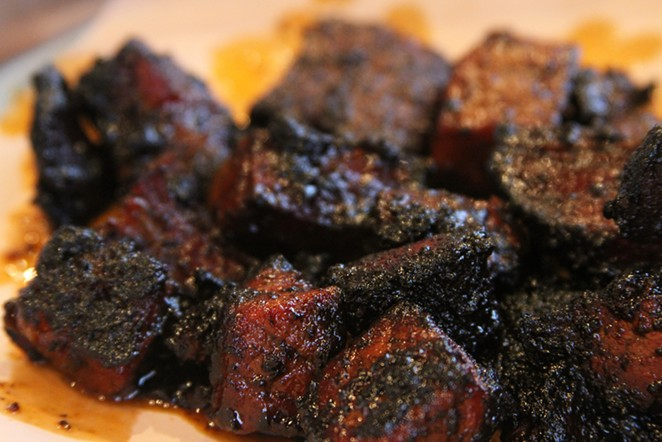 Mmmmmmmmmm ... burnt ends. - FLICKR