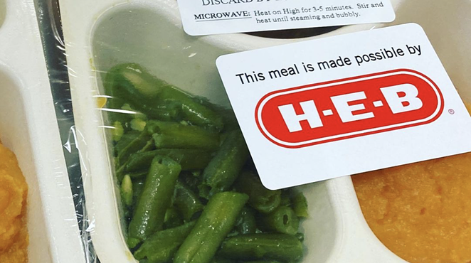 H-E-B's 2020 Feast of Sharing efforts included donating Thanksgiving meals to homebound seniors. - INSTAGRAM / MOWSATX