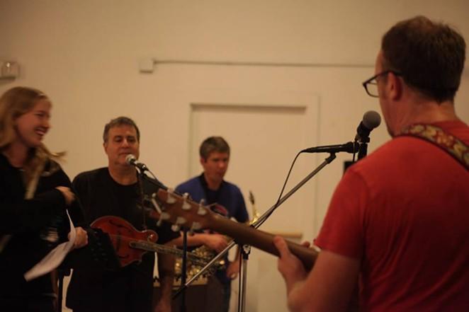 SA rock band Yesbodyelse - VIA FACEBOOK