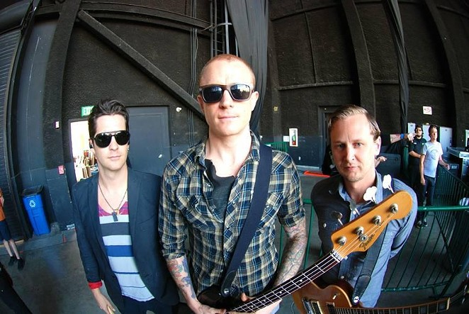 Eve 6 - THE OFFICIAL EVE 6 FACEBOOK PAGE