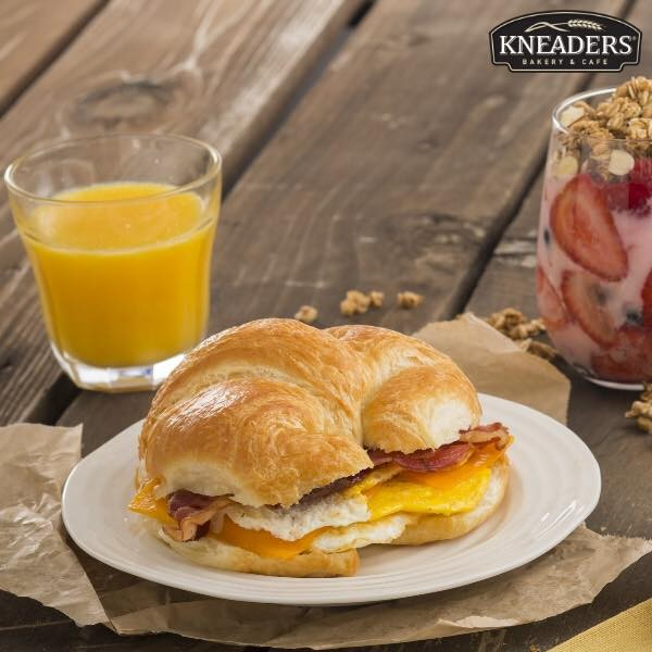 FACEBOOK/KNEADERS' BAKERY & CAFE