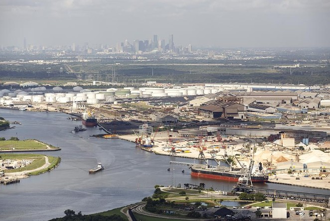 Refinery complexes along the Houston Ship Channel in 2016. The bulk of the emissions released during the winter storm and power crisis in Texas last week were from the Houston region, according to an analysis by Texas environmental groups. - MICHAEL STRAVATO / THE TEXAS TRIBUNE