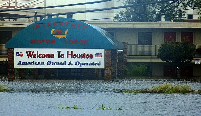 Houston, post-Hurricane Ike - WIKIMEDIA COMMONS