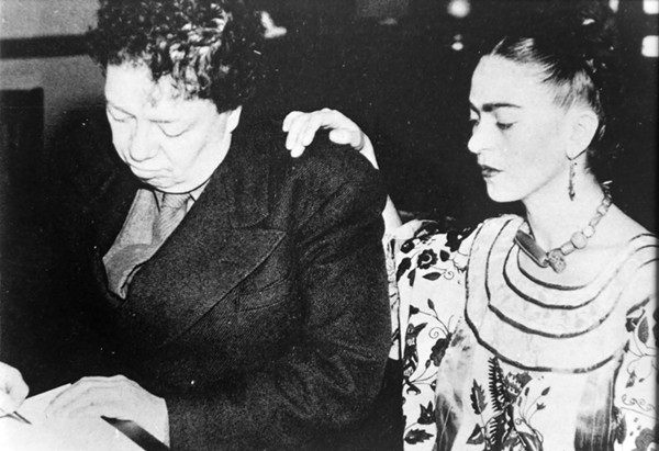 AUTOR DESCONOCIDO, DIEGO FIRMA EL ACTA DEL SEGUNDOMATRIMONIO CON FRIDA, SAN FRANCISCO, CALIFORNIA, E.U.A., 8 DE DICIEMBRE DE 1940