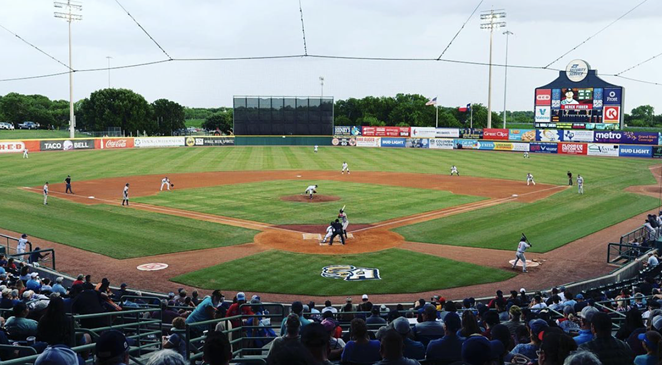 The Missions baseball club will partner with San Antonio Food bank for summer food drives. - INSTAGRAM / SAMISSIONS