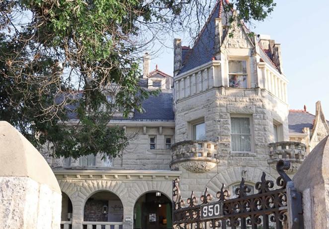 San Antonio's Lambermont Castle will host the Haunted Tavern pop-up series. - INSTAGRAM / BRIDALBUZZSA