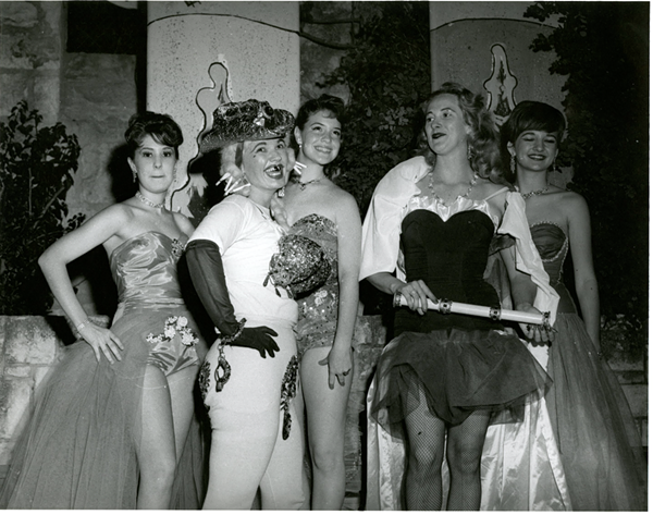 Unknown duchesses with Miss Red Light, 1960 (courtesy of the Institute of Texan Culture)