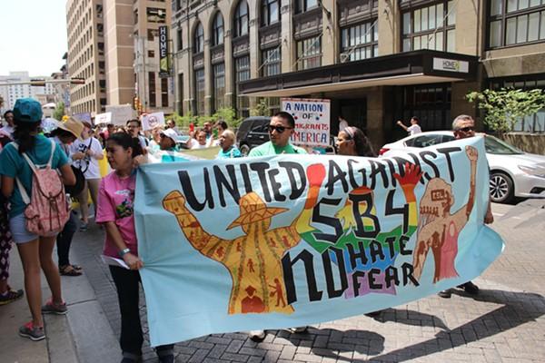 SB 4 protesters in downtown San Antonio. - LYANNE A. GUARECUCO