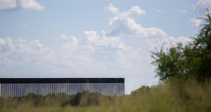 State agency awards $11 million contract to oversee construction of Gov. Greg Abbott's Texas-Mexico border wall