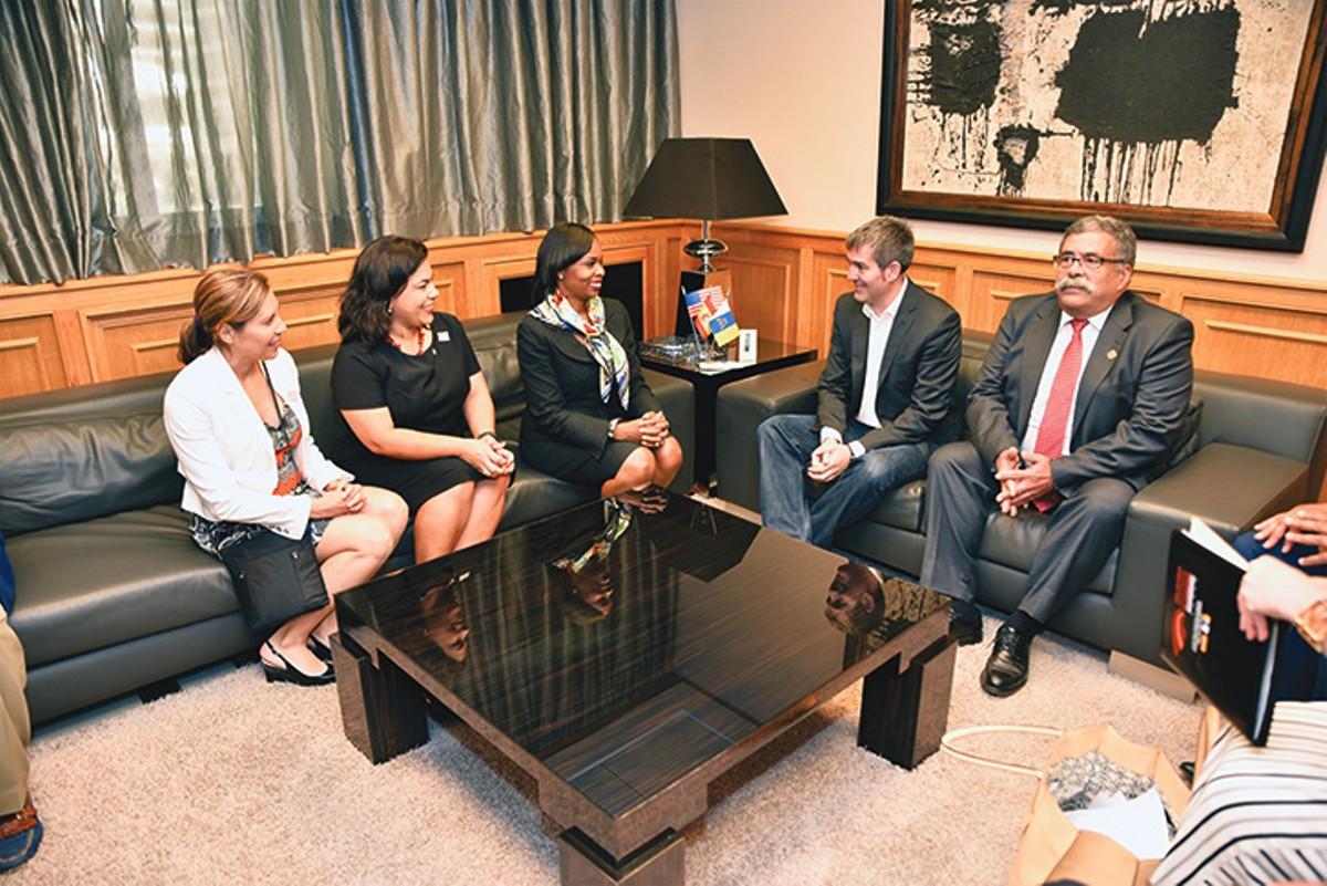 mayor-taylor-and-city-counsel-members-spain-_-acfi.jpg