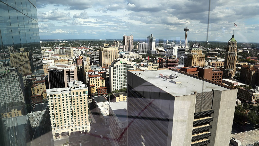 The view from the top of the Frost Tower - BEN OLIVO / SAN ANTONIO HERON