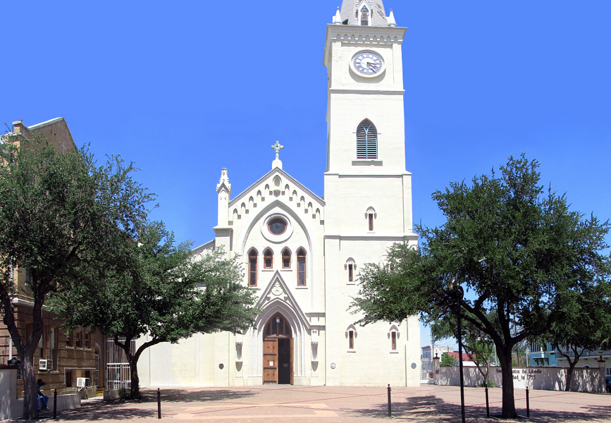Cathedral of San Agustin in Laredo, Texas - PANORAMIO.COM