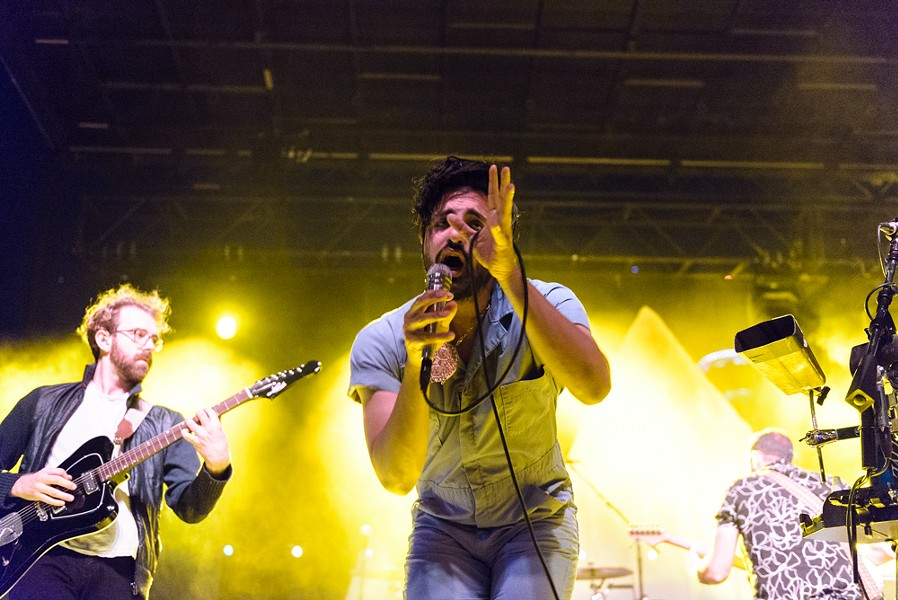 Young The Giant - JAIME MONZON
