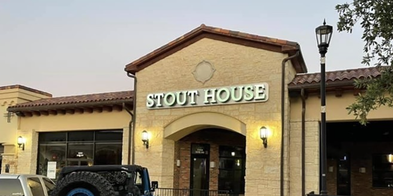 A new Stout House location opened near the intersection of TPC Parkway and U.S. Highway 281 Thursday.
