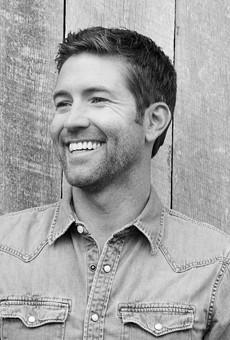 Country Heartthrob Josh Turner Returns to San Antonio to Make Us Melt