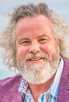 Texas Legend Robert Earl Keen Stopping in at John T. Floore Country Store This Weekend