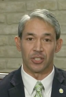 Mayor Ron Nirenberg delivers a televised address from his office.