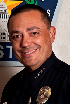 Austin Police Chief Art Acevedo withdrew from the race to become SAPD chief today.
