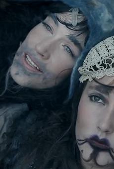 """CocoRosie in their video for """"Lemonade"""""""