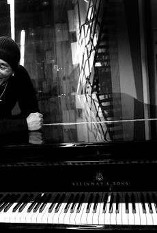 Smokey Robinson Brings Soul Classics to the Majestic