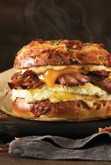 Einstein Bros. Bagels debuts uber-Texan breakfast sammie, featuring slow-smoked brisket