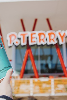 Texas-based chain P. Terry's Burger Stand will open its first San Antonio location in early July.