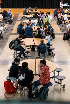 Between Aug. 16 and Aug. 22, there were 14,033 positive COVID-19 cases reported among students across the state. Credit: Jordan Vonderhaar for The Texas Tribune