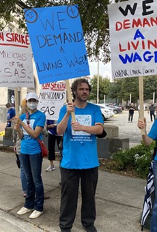 San Antonio Symphony musicians and supporters picketed outside the Tobin Center on Oct. 12.