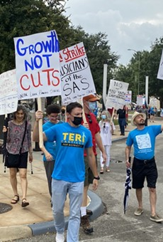 The Musicians Society of San Antonio is holding a rally in support of the striking San Antonio Symphony performers on Friday.