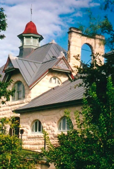 Sullivan Carriage House