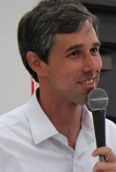 Rep. Beto O'Rourke Corrects Sarah Huckabee Sanders' Border Wall Assumptions