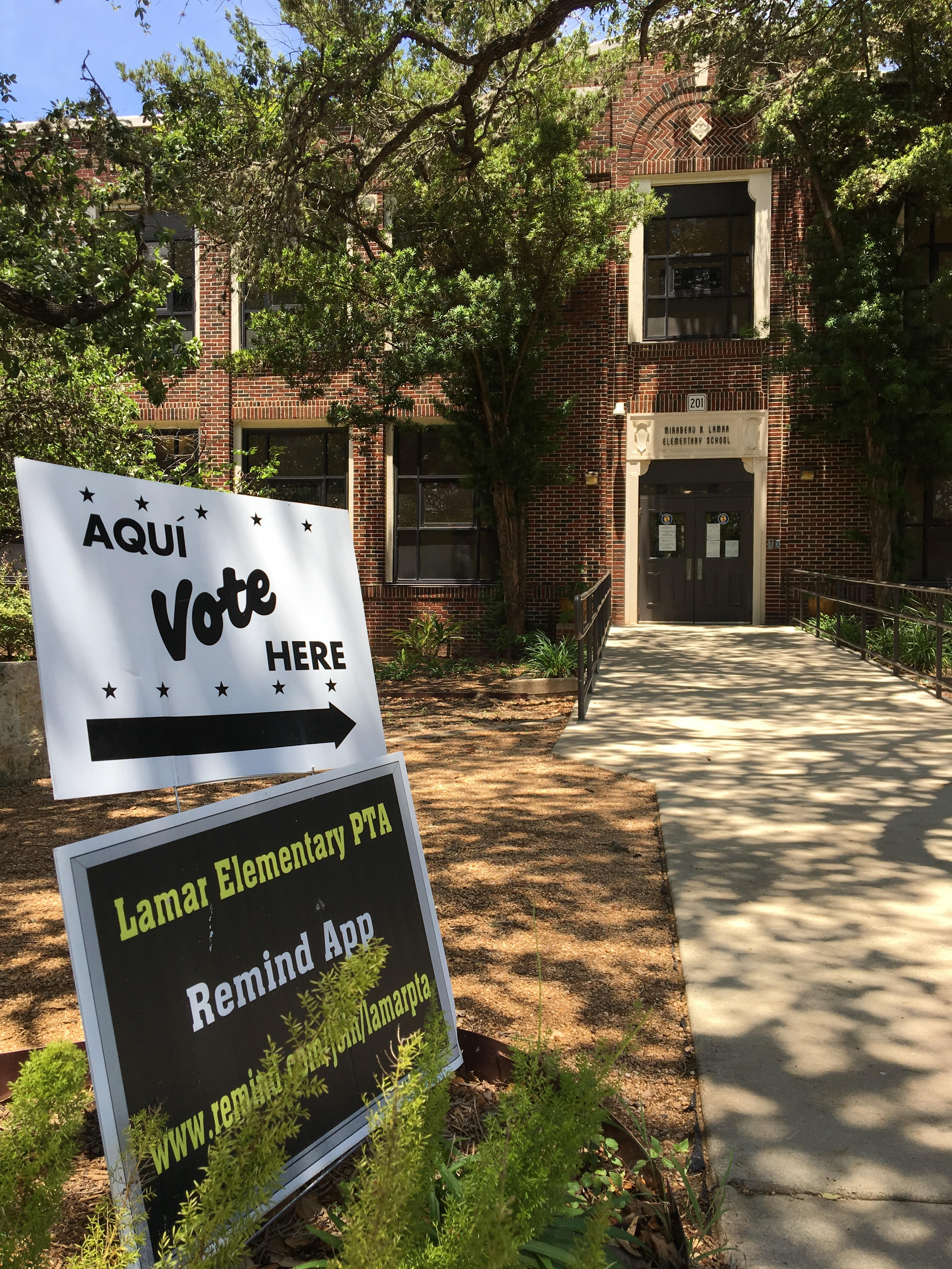 Today\'s Voter Turnout in San Antonio Is Looking Pretty Thin | The Daily