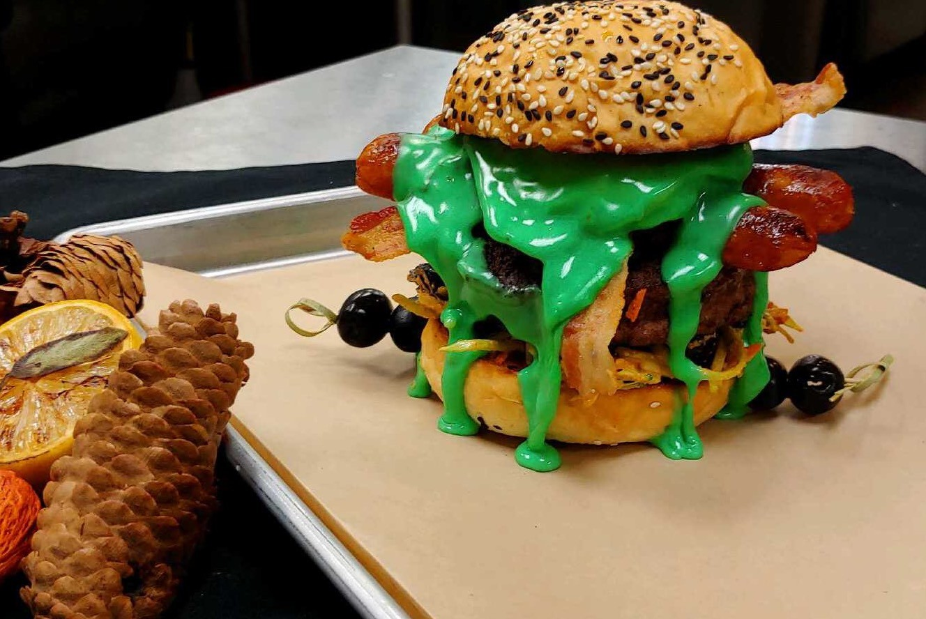 Halloween Hamburgers.San Antonio Burger Shop Adds Halloween Specials Complete