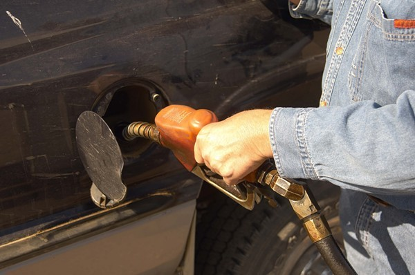 San Antonio Gas Prices >> Gas Prices Dive To New Lows Across San Antonio The Daily