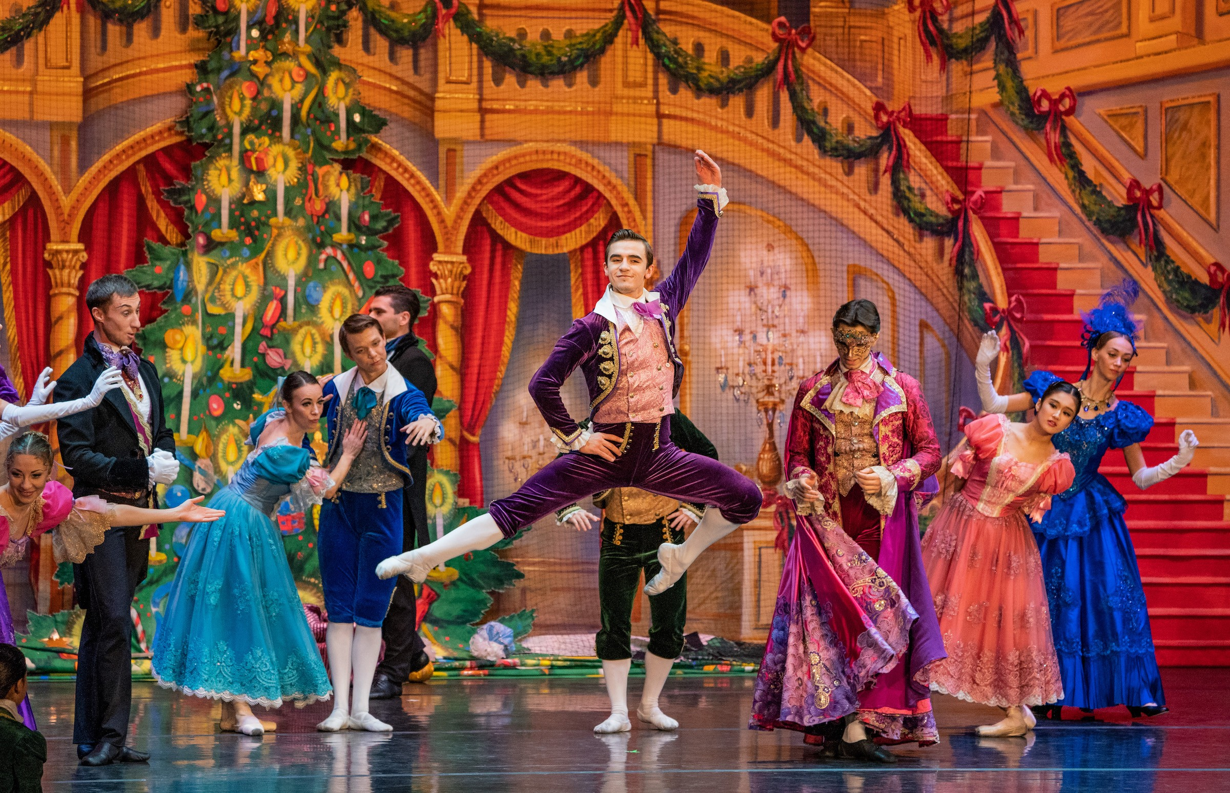 what christmas-themed ballet premiered in russia in 1892