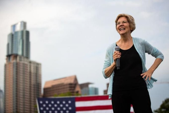 Elizabeth Warren address the crowd during a campaign event in Dallas. - @KERANEWS