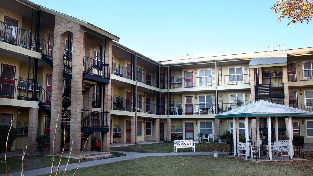 26+ First Month Rent Free Apartments San Antonio Images